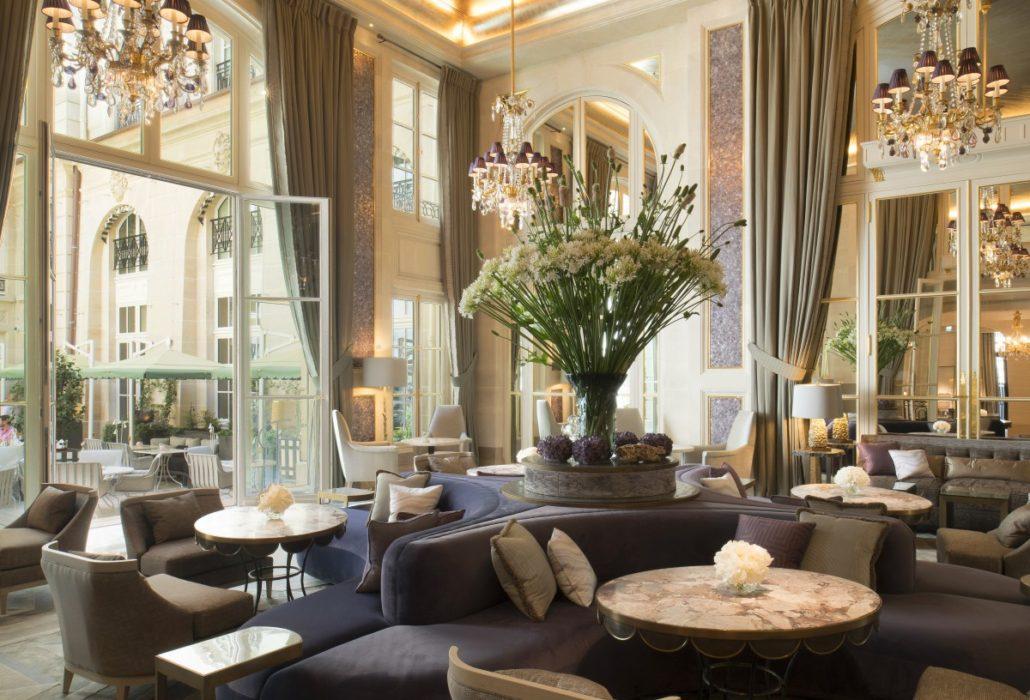 hotel de crillon city guide paris de saint germain des pr s au palais royal les. Black Bedroom Furniture Sets. Home Design Ideas